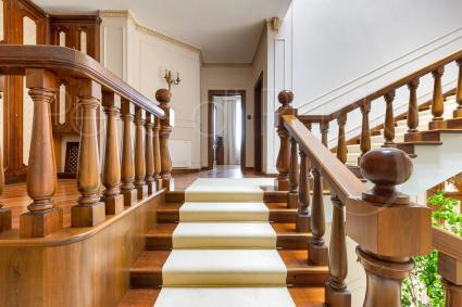 Al Secondo piano vi è una suite da 71 metri quadri per 4 persone entrata suite 2