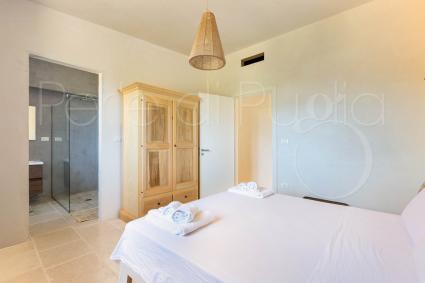 Cavalli - double bedroom with ensuite bathroom