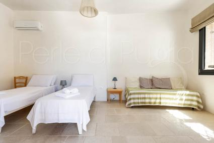 Caprette accommodates up to 4 guests