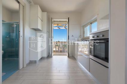 cucina con uscita diretta in veranda