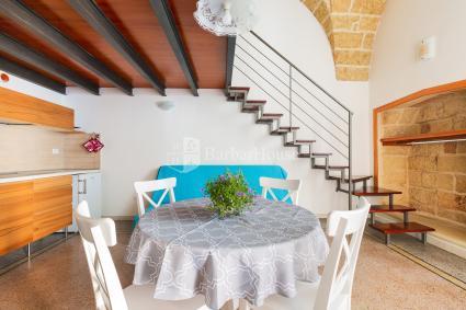 Bed and Breakfast - Specchia ( Leuca ) - AlSalento Villa De Donno | Camera Tripla Rossa