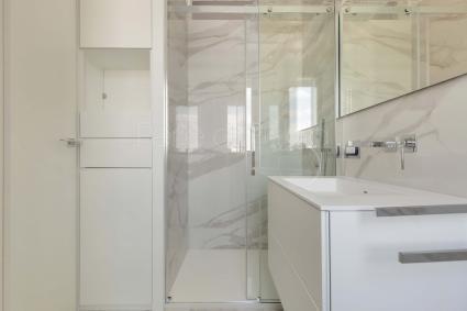 Presenti due bagni doccia