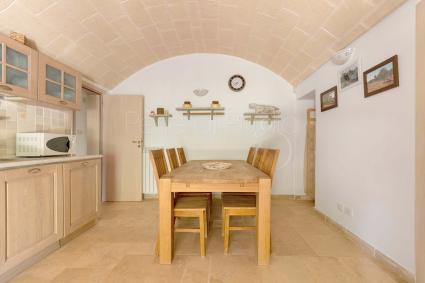 Trulli - San Michele Salentino ( Brindisi ) - Tenuta Sardella