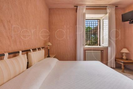 La camera da letto matrimoniale della Dependance 1, in affitto per vacanze in Puglia
