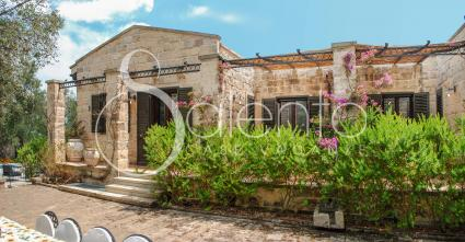 Masseria con piscina e giardino per vacanze a Otranto
