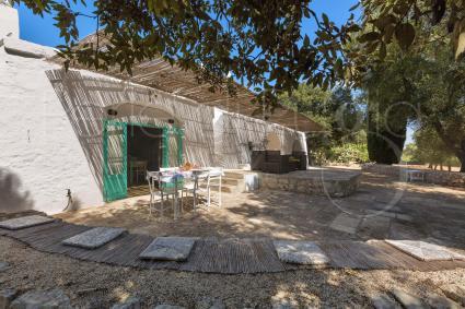 trulli e case tipiche - Ostuni ( Brindisi ) - Trullo Bianco
