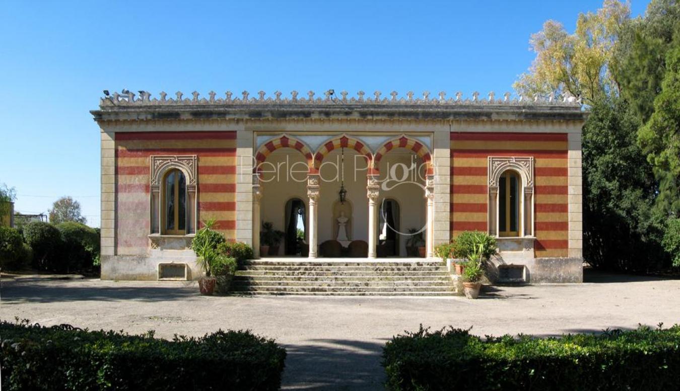 Villa con piscina a lecce villa ruggieri - Piscine a lecce ...
