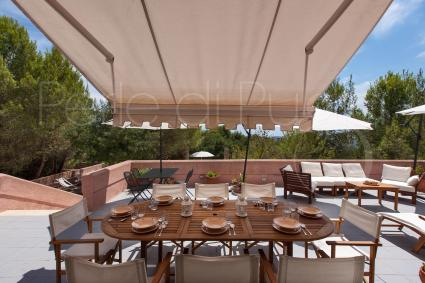 Pranzare, cenare, rilassarsi all`aperto: vacanze a Leuca