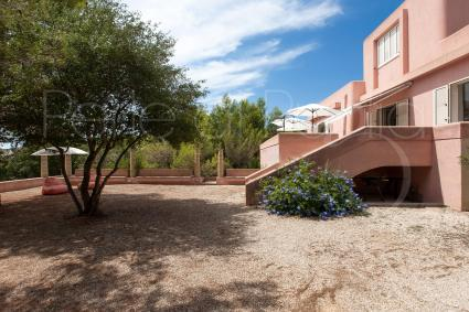 La villa in affitto per vacanze in Puglia si sviluppa su 3 livelli