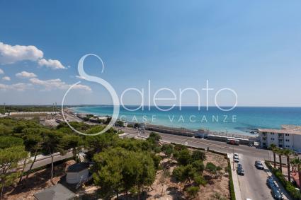 La vista sul mare, dalla terrazza dell`attico in affitto per vacanze a Gallipoli