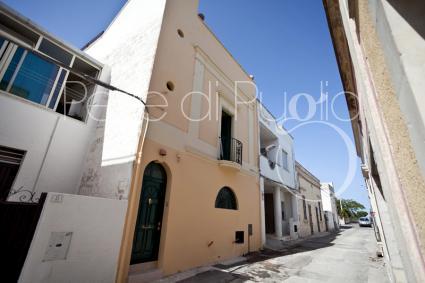 trulli e typical houses - Andrano ( Otranto ) - Palazzo D`Oltremare
